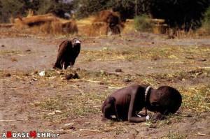 نوار جنوبی سودان - روستای آیود - عکس معرو مجله نیوزویک - 2001